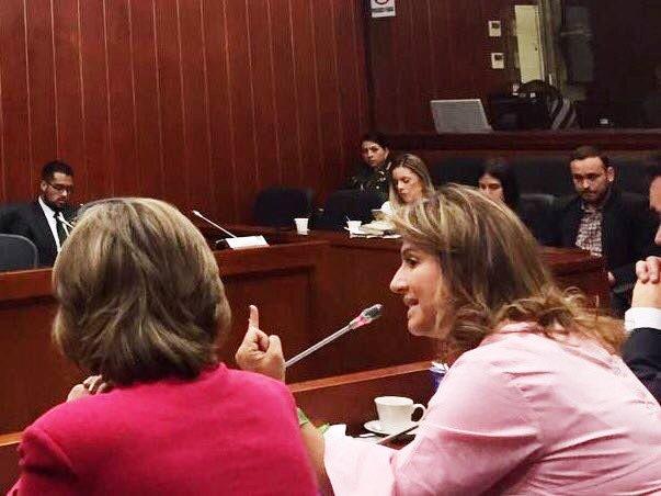 No pida Justicia, siendo injusto: Paola Holguín, con todos los méritos para presidir el Senado. Una congresista que representará al país y a la mujer dignamente!