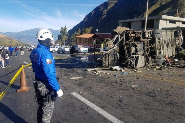 Supertransporte investiga empresa de bus accidentado en Ecuador, por prestación de servicio no autorizado
