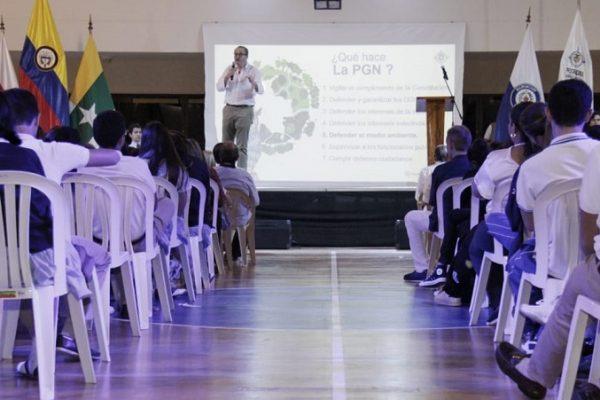 El Procurador exaltó la lección de ética de la rectora del Colegio Marymount de Barranquilla