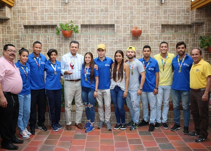Oro, plata y bronce para la UDES en los Regionales Universitarios