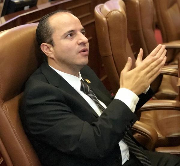 Juan Espinal citó a debate de Control Político a los Ministros de Ambiente, Agricultura y Minas para que rindan informe sobre lo que encontraron
