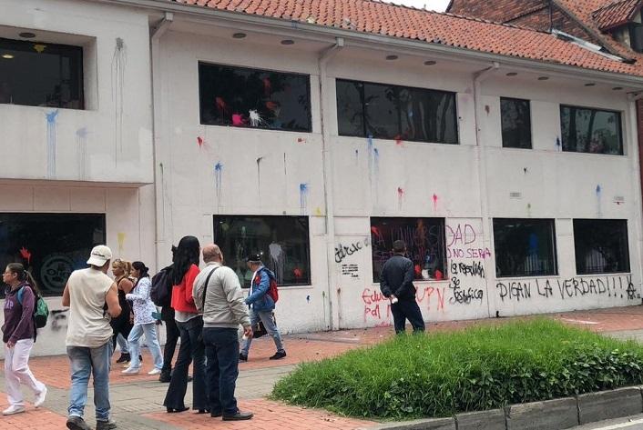 Estudiantes marchan otra vez hoy. El presidente Iván Duque les adicionó Un billón de pesos mas.