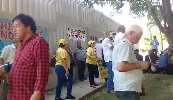 Barranquilleros reclaman el 82% de las acciones que les pertenecen en la Triple A