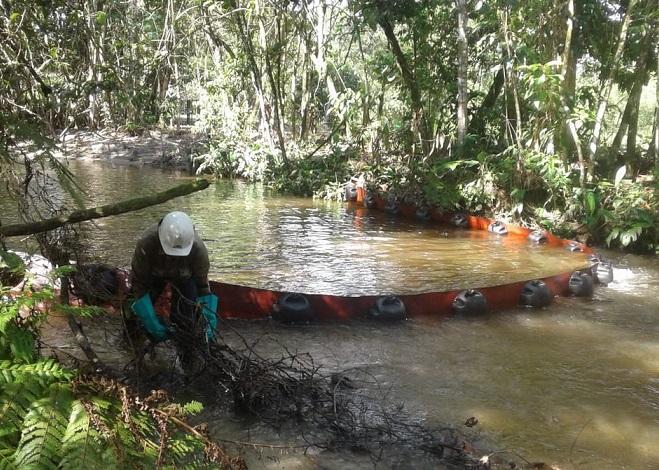 Ataque al oleoducto Caño Limón Coveñas afectó caño Negro, quebrada La Pava, los ríos Madre Vieja y Banadía