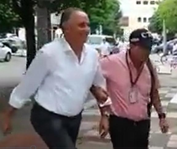 Fredys Socarrás fue capturado por el CTI en Valledupar. El ex alcalde y ex Viceministro de Trabajo de Santos, lo sindican de peculado por apropiación a favor de terceros