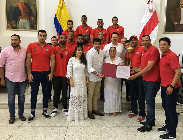 Asamblea exaltó a equipo Titanes de Barranquilla. Carolina Suárez, reina del Carnaval del Atlántico 2019 se sumó a la clausura