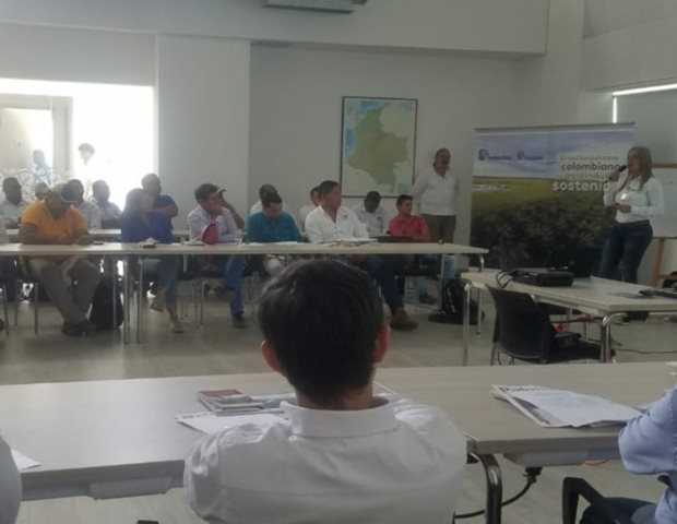 Palmicultores El Copey y Bosconia, Cesardel se capacitan en normatividad fitosanitaria