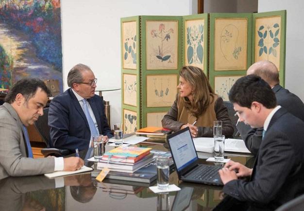 Vicepresidencia y Función Pública solicitan a gobernadores y alcaldes impulsar Secretarías de la Mujer
