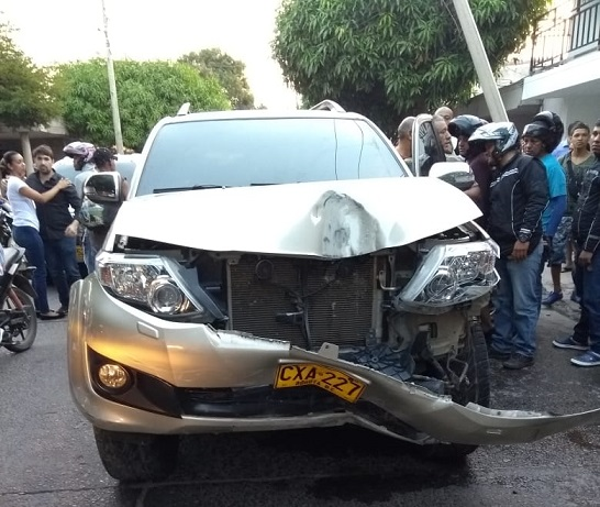En delicado estado de salud trasladan a Ana del Castillo a una Clínica de Valledupar luego de accidente la mañana de hoy