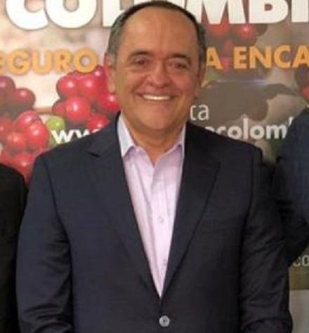 Formulan cargos contra el expresidente del Fondo Nacional del Ahorro, Ricardo Arias Mora