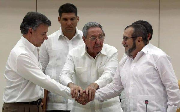 Plan Nacional de Desarrollo se prevén $37,1 billones para compromisos del Gobierno con el Acuerdo firmado entre Santos y las Farc