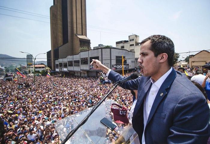 Guaidó, con la Asamblea Nacional preparan la Operación Libertad. Este sábado llenaron las calles en más de 100 lugares de Venezuela y el exterior