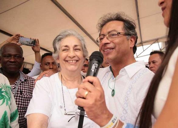 Una Fake News de Camila Zuluaga desmentida por Patricia Casas dio inicio a la candidatura de Tulia Mercedes Barreto, mamá de Claudia Gurisatti