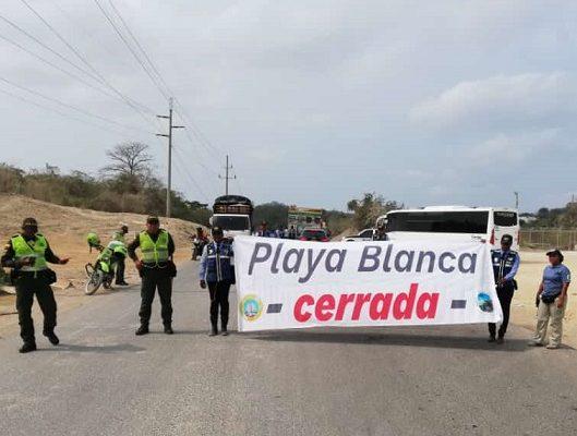 Por exceso de visitantes cerradas Playa Blanca y Barú en Cartagena