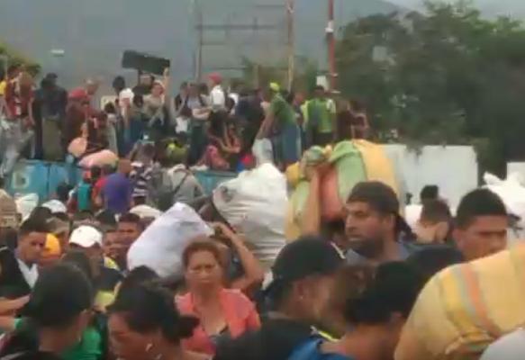 12 muertos, 15 heridos y dos capturados dejó una masacre en la frontera colombo venezolana este lunes