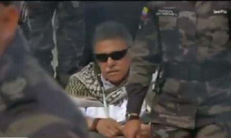 Santrich en libertad 2 minutos y recapturado por el CTI en la puerta de La Picota, es devuelto a su celda