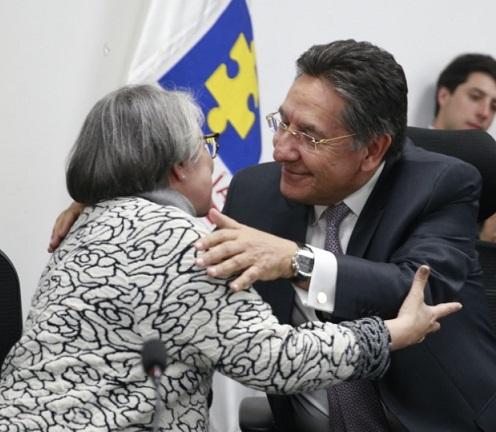 Vice Fiscal María Paulina Riveros también renunció. Encargado Fabio Julian Espitia