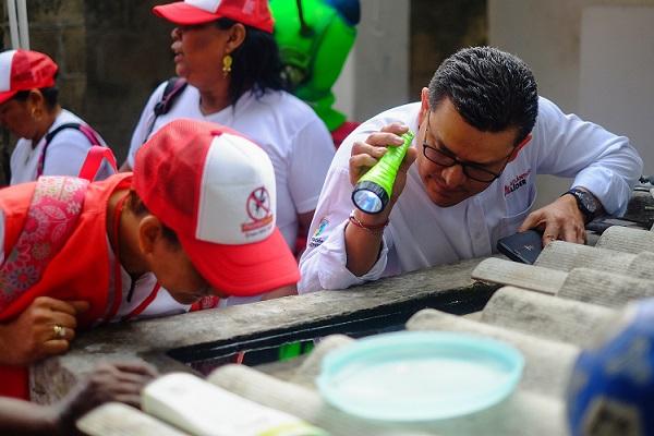 Avanza lucha casa a casa contra el dengue en el Atlántico