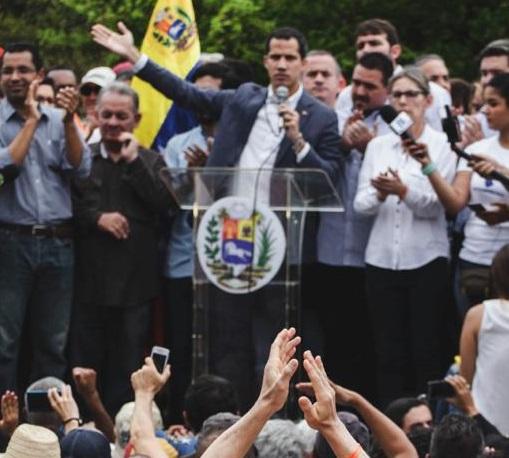 Dos días después Guaidó responde al ofrecimiento del Comando Sur de los EEUU. Ordenó reunión con el comandante Craig Faller