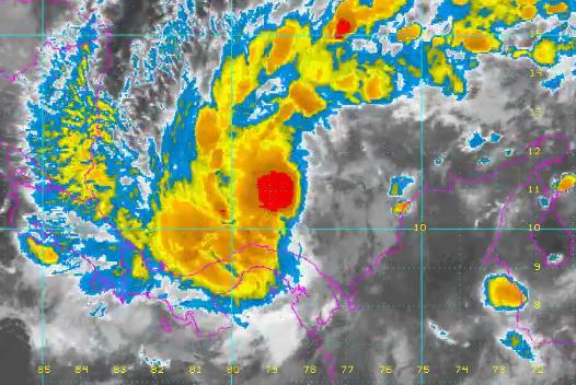 """En Panamá 7 víctimas, Costa Rica en alerta, en Colombia Gobierno hace monitoreo a tormenta """"Otto"""""""