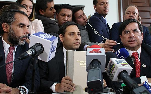 """Contra todo, denuncias e ilegalidades el Acuerdo Santos-Farc, inicia """"refrendación"""" el próximo martes en el Senado"""