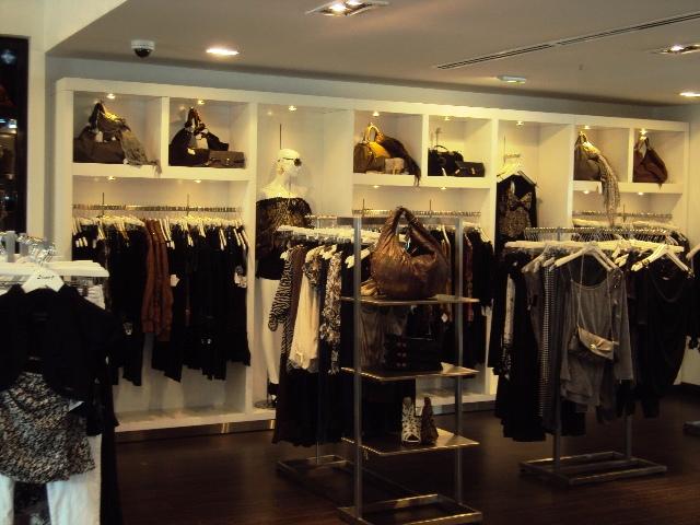 Este fin de año el 54% de los colombianos planean gastar menos dinero en sus compras