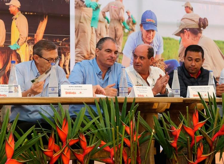 MinAgricultura y Fundapanaca gradúan 400 técnicos agropecuarios para la paz