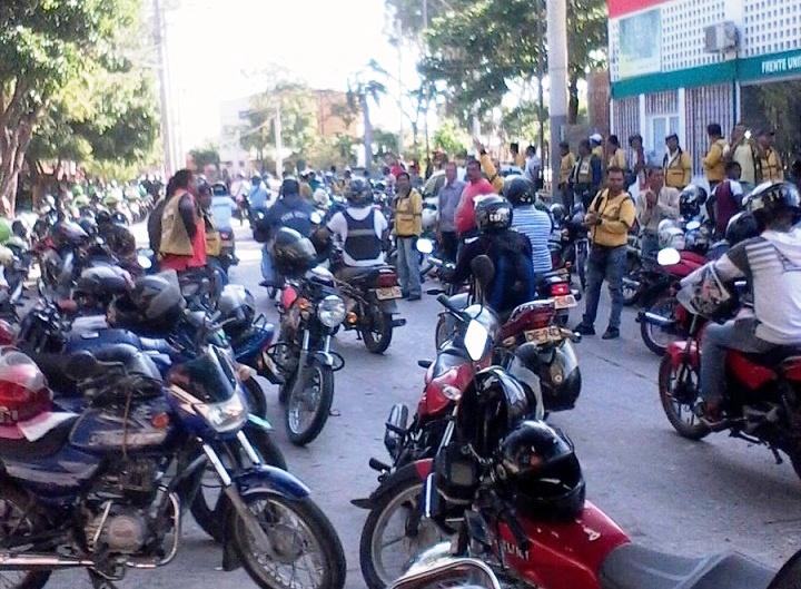 mototaxistas-4jpg