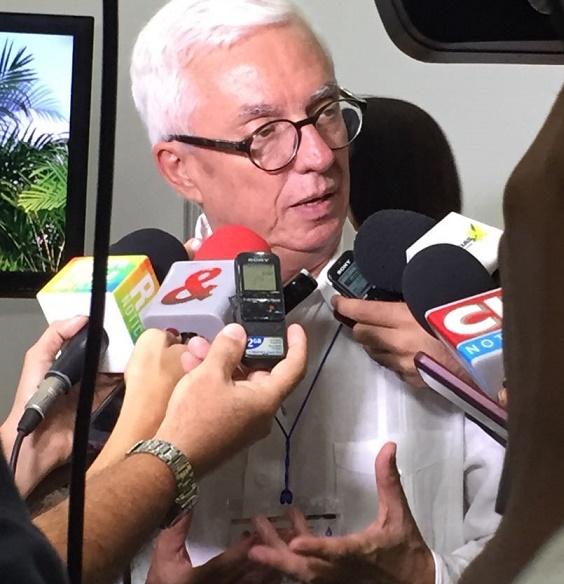 El Estado conspira contra los empresarios medios, dijo Robledo en congreso de Fendipetroleo en Barranquilla