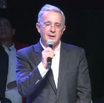 Expresidente Uribe dice que las Farc no cumplieron con la entrega del inventario de armas