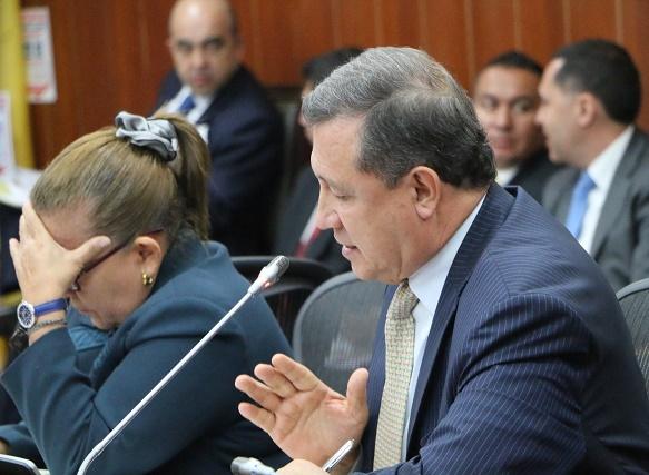 """Coaliciones que propone Uribe no son de """"mecánica electoral"""", sino alianzas con sectores afines para recuperar a Colombia: Macías"""