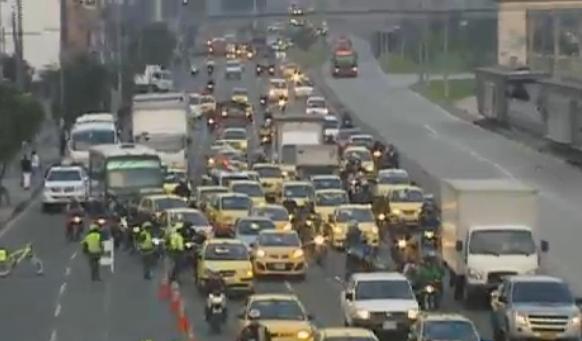 Supertransporte confirma multa de $516 millones a Easy Taxi Colombia