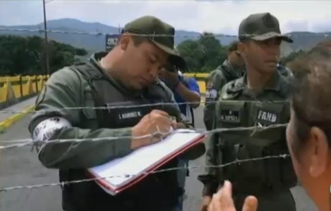 Niños de padres colombianos nacidos en Venezuela ya no necesitan la apostilla para ser registrados en Colombia
