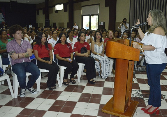 gobernacion-respalda-a-830-microempresarias-de-los-municipios-con-el-programa-femma-2