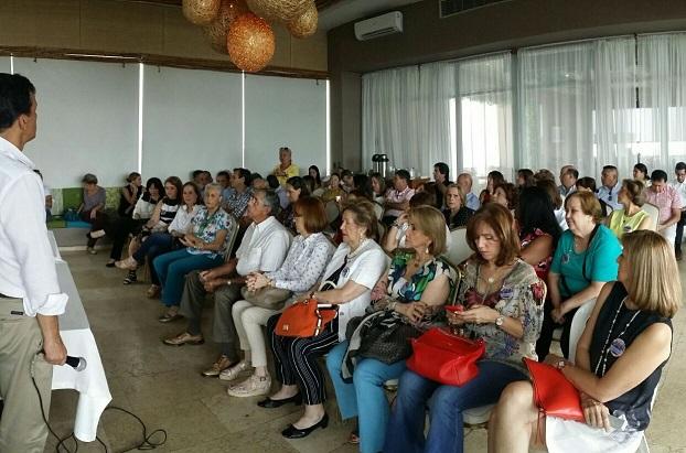 Rafael Nieto Loaiza, precandidato presidencial Uribista desarrolla agenda política y social en Barranquilla. Siguió a Cartagena