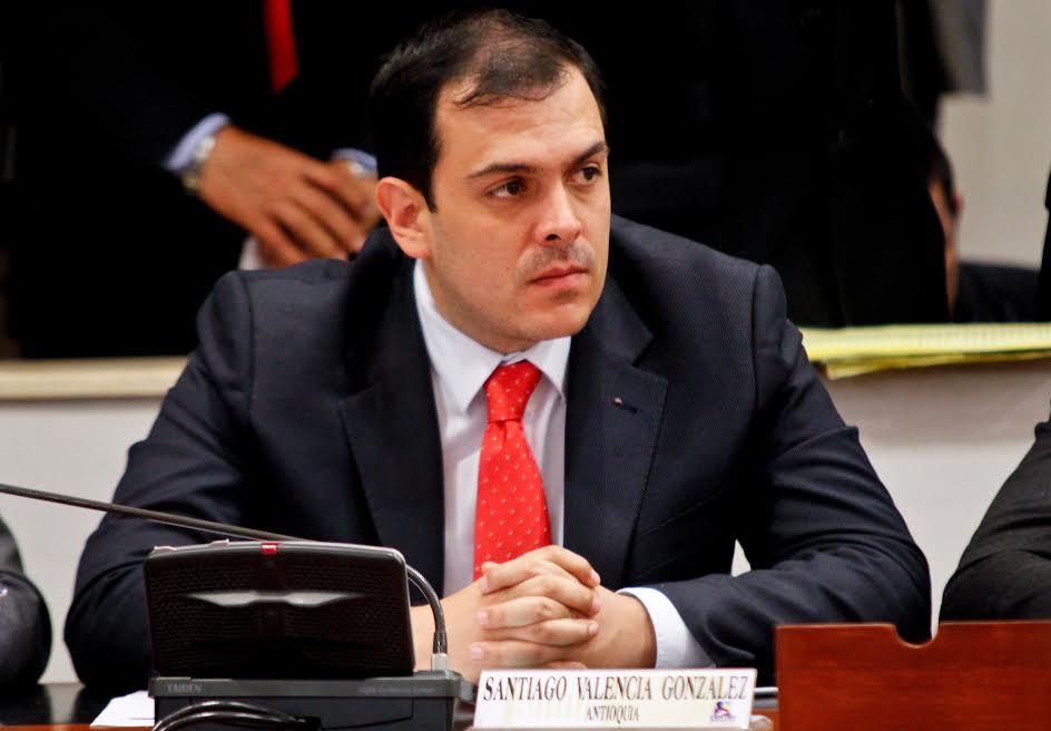 Radicaré cuatro proyectos de ley para beneficio del país: representante Santiago Valencia