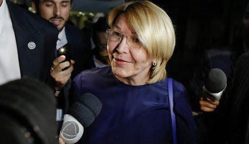 Luisa Ortega, en Colombia puede entrar y salir del país, aplazó la cita con el Fiscal. Afirmó que hay sicarios buscándola