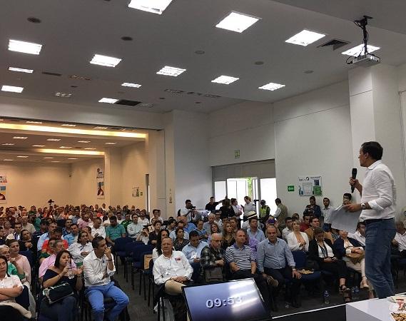 Mi política será invertir en la innovación, ciencia y tecnología: Rafael Nieto