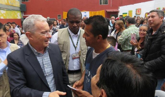 En Maratón Democrática, Uribe propuso en Bogotá bajar el predial: Unos no tienen casa y los que tienen corren el riesgo de perderla