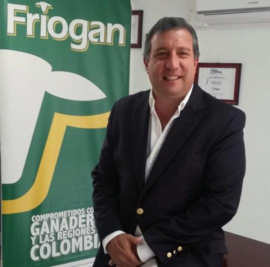 carlos-roberto-patio-friogan