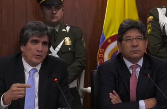 Más presión contra la Corte Constitucional con plantones y recusaciones contra la ponencia del Magistrado Linares que pretende despenalizar el aborto impiden que el alto Tribunal se pronuncie