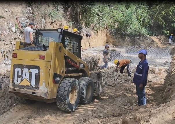trabajos-de-proteccion-en-arroyo-el-pozo-hibacharo-corregimiento-de-piojo-1