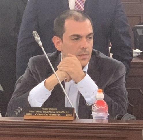 senador-santiago-valencia