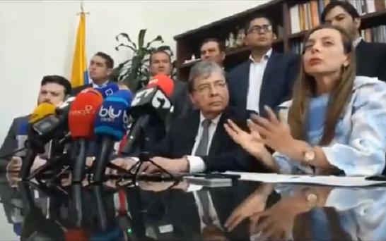 Iniciativa de la senadora Ana Paola Agudelo para la creación de políticas migratorias fue radicada por el canciller Carlos Holmes Trujillo en el Senado