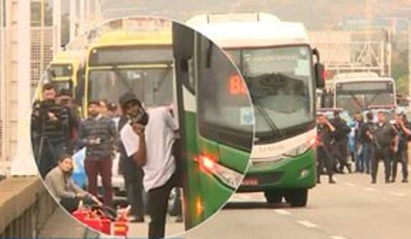 Abatido con francotiro secuestrador de un autobús que mantuvo durante 4 horas 37 personas como rehenes en Río de Janeiro, Brasil