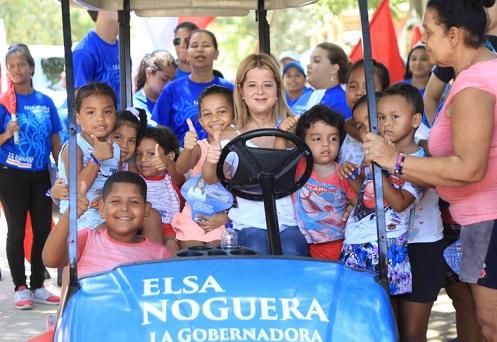 Elsa Noguera continúa recorridos sus por el departamento