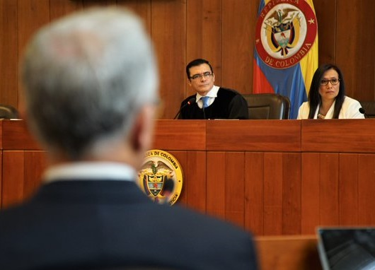 ¿Uribe sospechoso de espionaje? Por: Eduardo Mackenzie