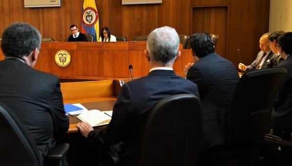 Así fue la indagatoria a Uribe. La Corte Suprema de Justicia decidió vincularlo a la investigación. El ex mandatario cuenta con nuevas evidencias en su defensa