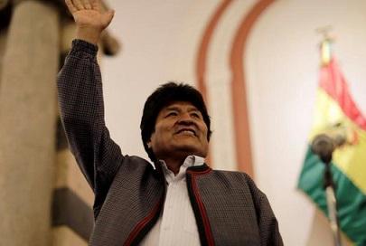 Evo Morales se victimiza con falso golpe de estado, recibe el apoyo del régimen comunista de Cuba y de Maduro