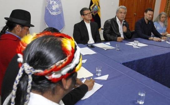 Después de 12 días de protestas, indígenas y Lenín Moreno acordaron revisar el decreto y sustituirlo por otro con mecanismos que focalicen los recursos